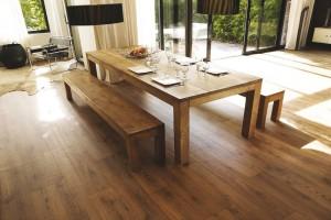 พื้นลามิเนต (Laminate Floor)
